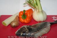 Дорадо запеченная с кореньями в сливочном соусе