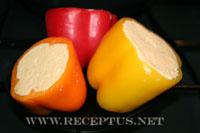 Острые перцы, фаршированные сыром