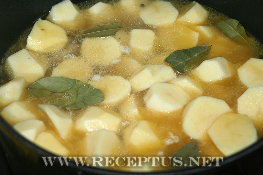 Соус с мясом и картошкой пошаговый рецепт в кастрюле с пошагово