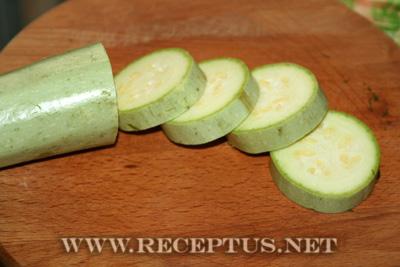 Жареные кабачки с чесноком и зеленью