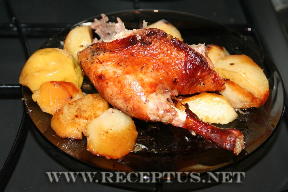 Рецепт запеченной утки с картофелем в духовке рецепт